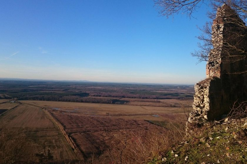 Výhľad z hradu nad Plaveckým Podhradím