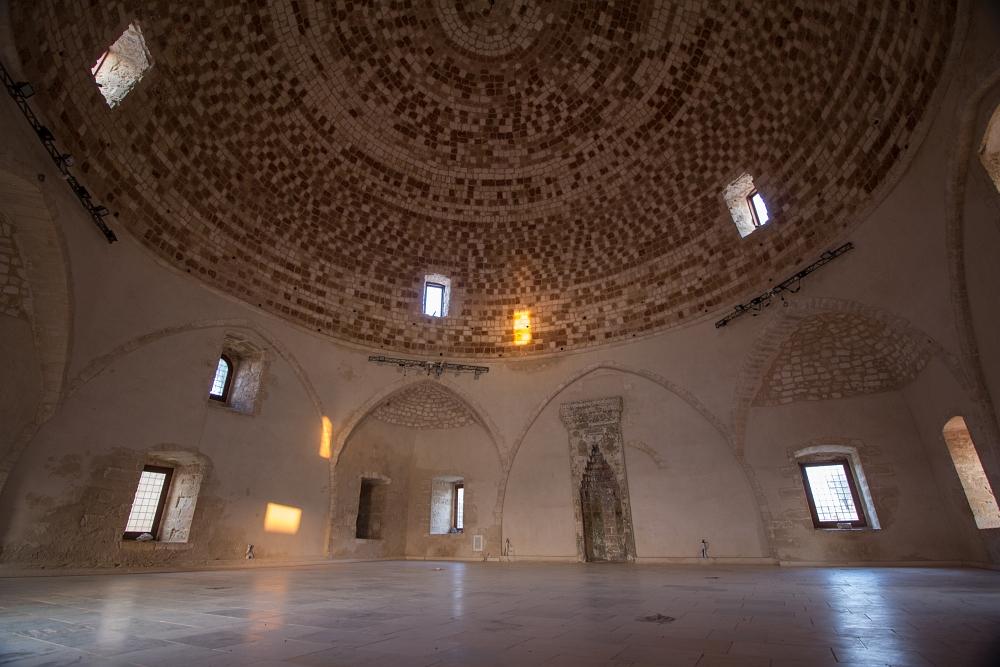 Mešita sultána Ibrahima zvnútra.