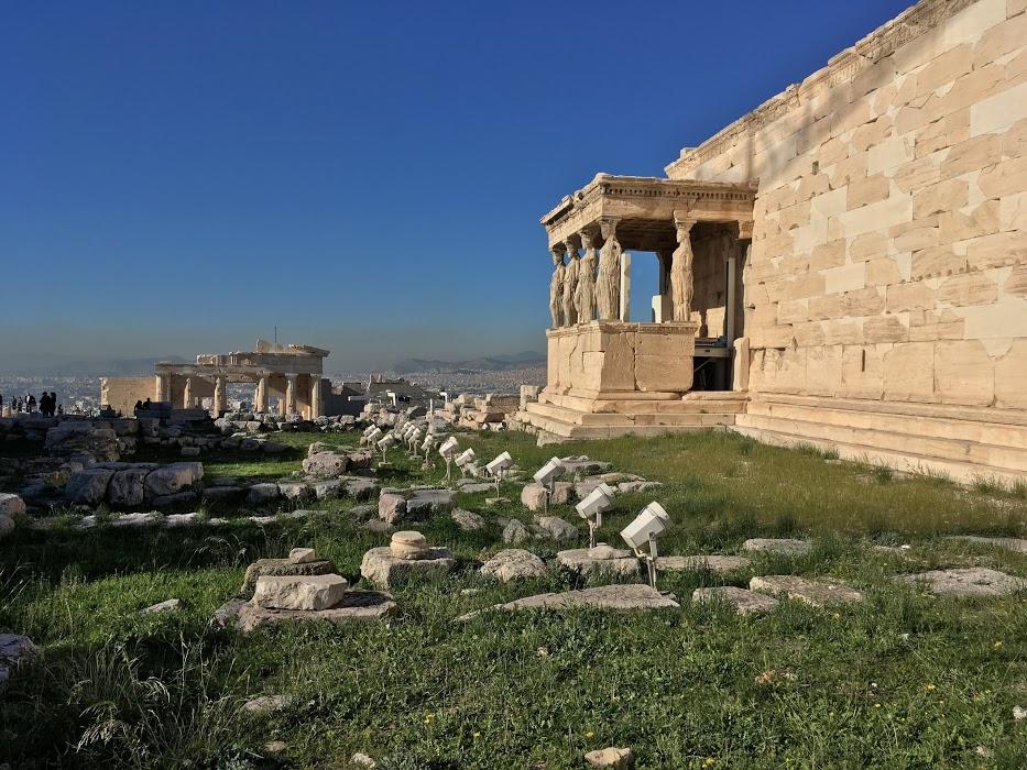 Kariatides, Akropola, Atény