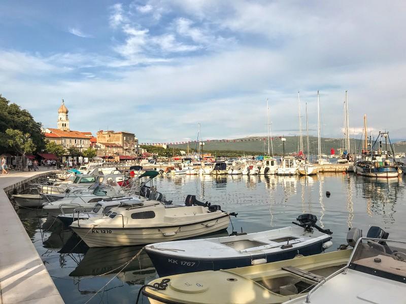 Prístav v meste Krk