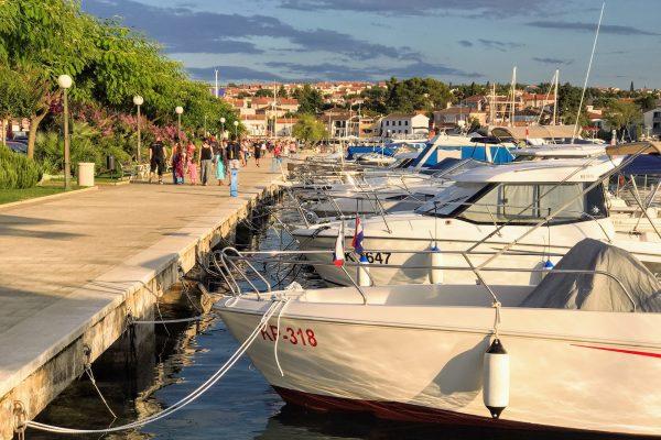 Malinksa, Krk - prístav