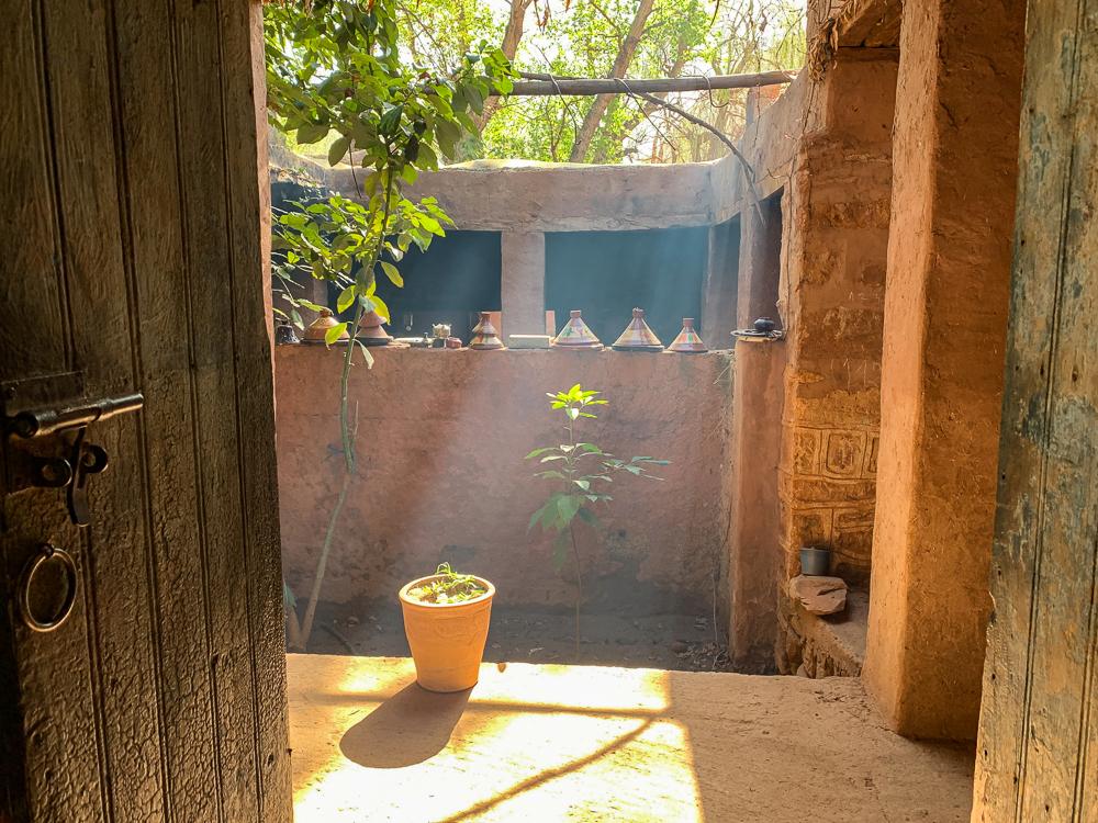 Stúpajúci dym a otvorený pôdorys vytvárali v chladnom Berberskom dome príjemnú atmosféru