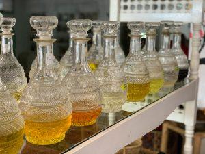 Arganový olej v krištáľových karafách