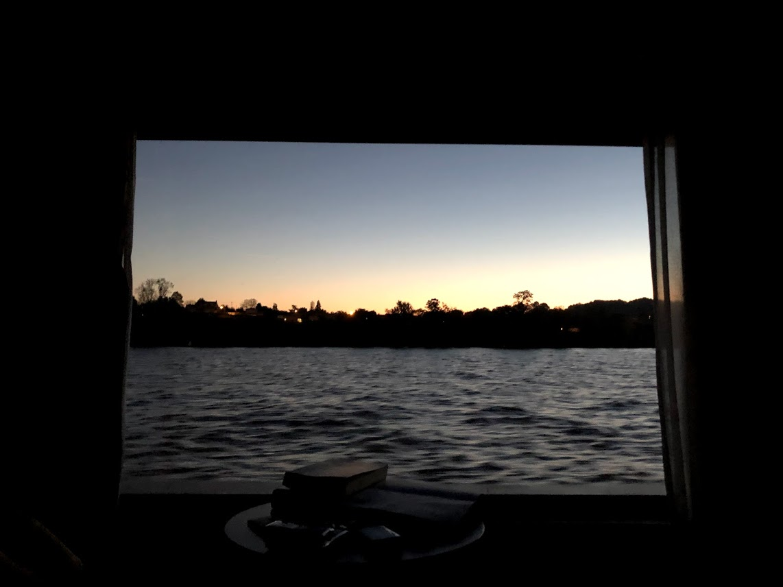 Pohľad z kajuty na rieku