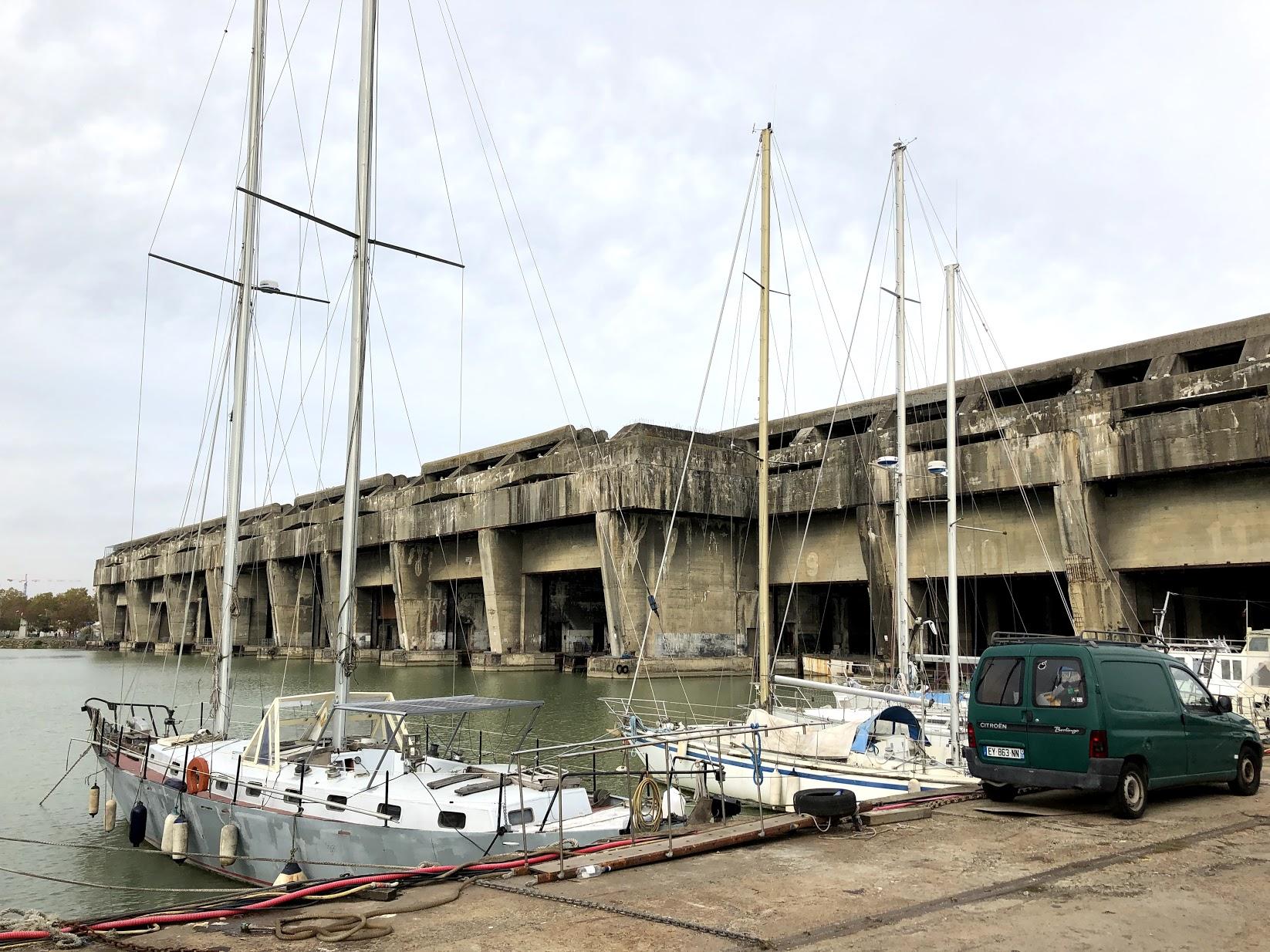 Niekdajšie doky pre ponorky