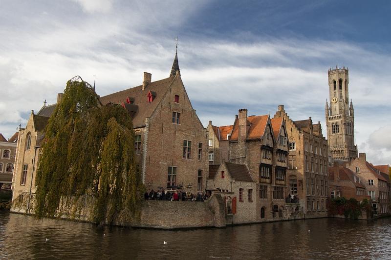 Kanál v meste Brugy, Belgicko