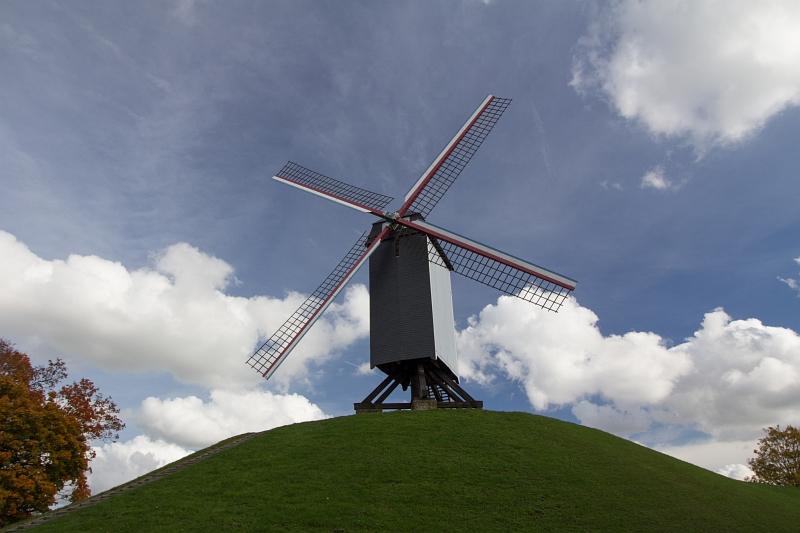 Veterný mlyn holandského typu, Brugy, Belgicko